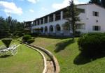 Colonial Serrano