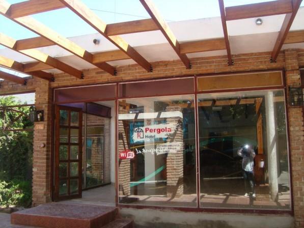 Hotel Pergola En Villa Carlos Paz